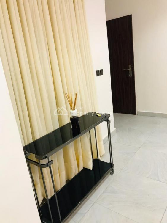 Lovely 2 Bedroom Flat, Lekki Phase 1, Lekki, Lagos, Flat Short Let