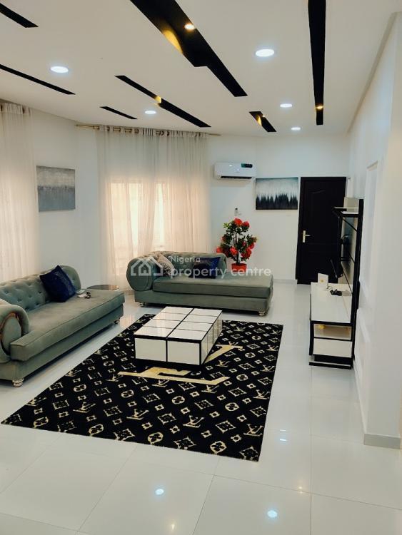 Luxurious 4 Bedrooms Apartment, Kayode Otitoju Street Lekki Phase 1, Lekki Phase 1, Lekki, Lagos, Flat Short Let
