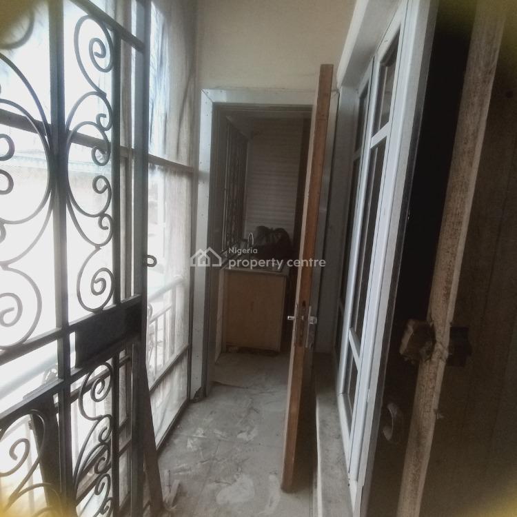 Newly Refurbished 2 Bedroom Upstairs, Ishaga Street, Surulere, Lagos, Flat for Rent