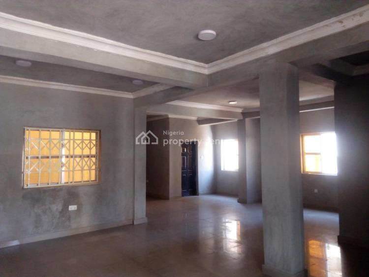 100sqm Office Space with 3 Toilets, Ademola Adetukunbo Crescent, Wuse 2, Abuja, Office Space for Rent