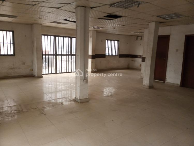 Open Plan Office Space Measuring 560 Sqm, Olowu Street, Ikeja, Lagos, Office Space for Rent