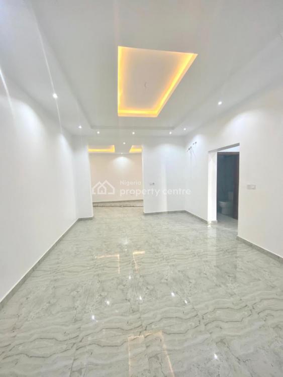 Beautiful Fully Serviced 5 Bedroom Terrace Duplex, Lekki Phase 1, Lekki, Lagos, Detached Duplex for Sale