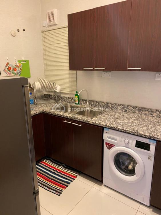 2 Bedroom Luxury Apartment, Admiralty Way, Lekki Phase 1, Lekki, Lagos, Flat Short Let