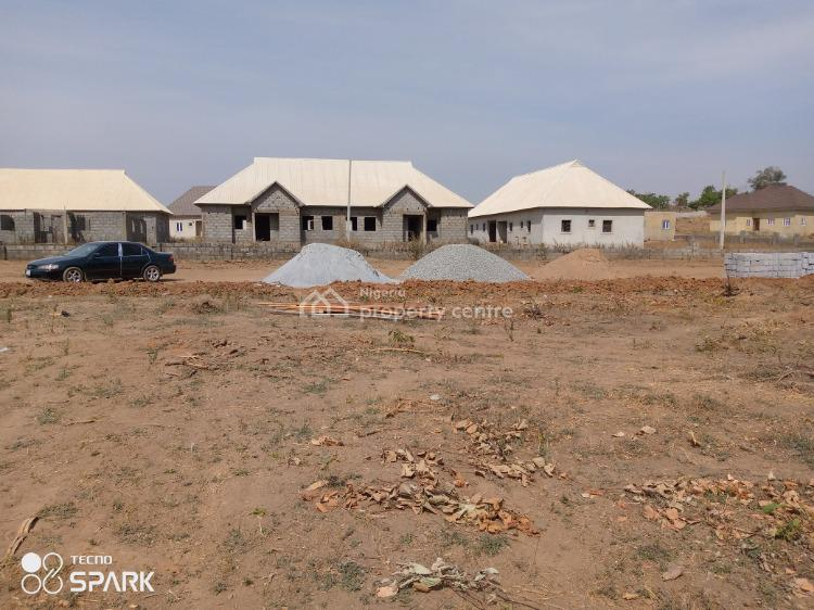 600sqm 4 Bedroom Duplex and Enclosed B.q, Lugbe By Pyakasa Along Ketti Road, Pyakasa, Lugbe District, Abuja, Residential Land for Sale