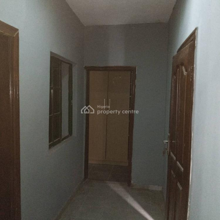 Neatly Used 3 Bedrooms Downstairs, Millennium Estate, Gbagada, Lagos, Flat for Rent