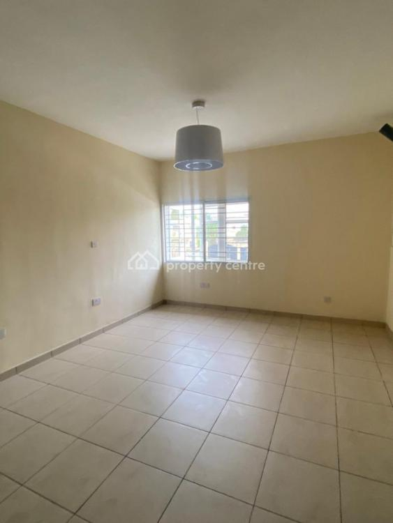 Spacious 3 Bedroom  Terrace Duplex, Lekki Phase 1, Lekki, Lagos, Terraced Duplex for Rent