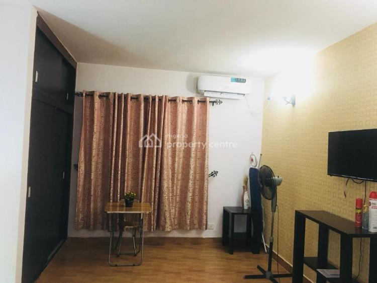 Mini Flat (the Penthouse), Victoria Island (vi), Lagos, Mini Flat Short Let