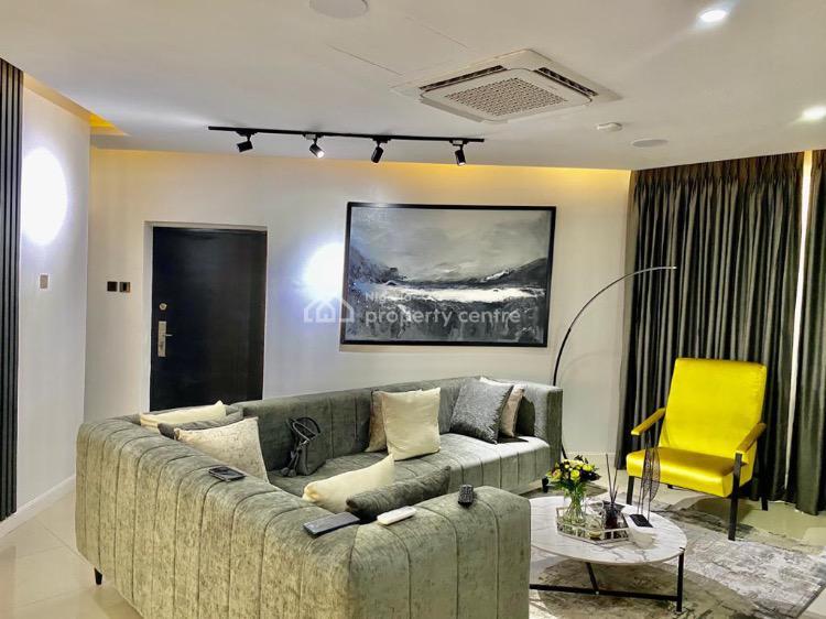 a Luxury 2 Bedroom Apartment with an Indoor Cinema, Bourdilon Court Chevron Drive, Lekki, Lagos, Flat Short Let