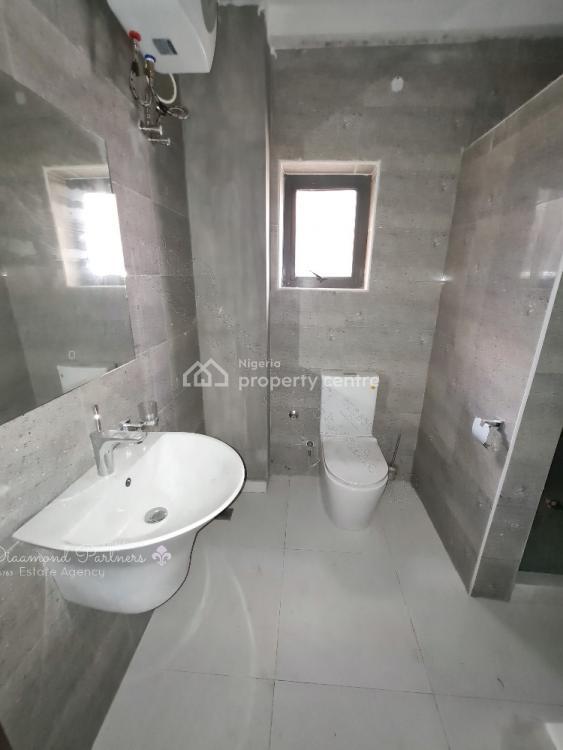 4 Bedroom Pent Flat with Lift, Pool, 24 Hours Light, By Elf Bustop Petrocom Filling Station Lekki Right, Lekki Phase 1, Lekki, Lagos, Flat for Sale
