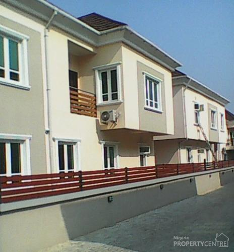 For Rent: Newly And Exquisitely Finished 4 Bedrooms Duplex