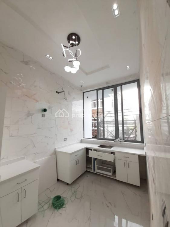 5 Bedroom Fully Detached Duplex with Bq, Osapa, Lekki, Lagos, Detached Duplex for Sale