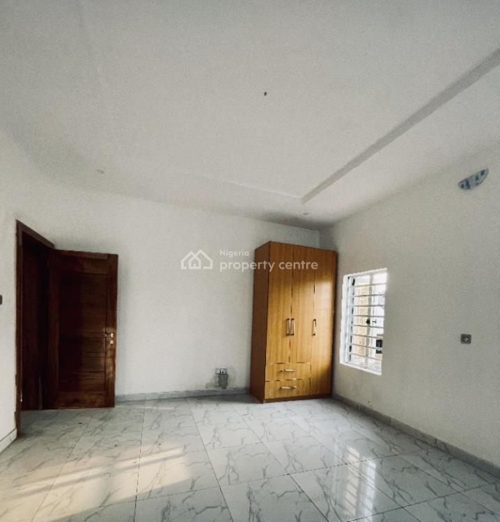 2 Bedrooms Flat. 24 Hours Power, Agungi, Lekki, Lagos, Flat for Sale