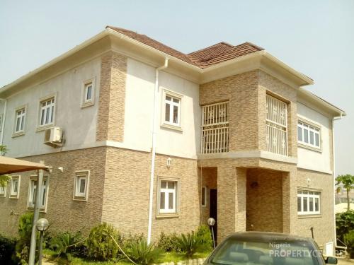 For Rent Well Furnished 6 Bedroom Duplex Palmview Estate