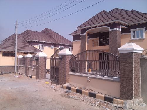 For sale tastfully built 6 bedrooms detached duplex with for Duplex house plans with swimming pool