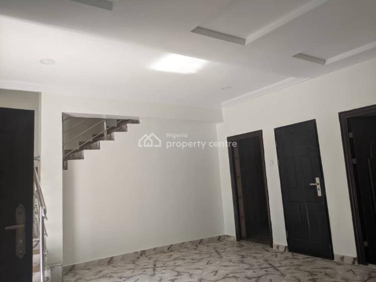 Luxury 4 Bedrooms Terraced Duplex with Private Compound, By Chevron, Lekki Phase 1, Lekki, Lagos, Semi-detached Duplex for Sale
