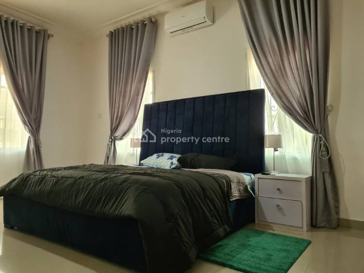 Luxury 3 Bedrooms Apartment, Ikota Villa Estate, Ikota, Lekki, Lagos, Flat Short Let