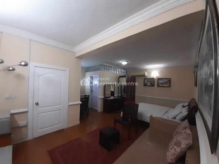 Luxuriously Furnished One (1) Bedroom Flat, Onigbongbo, Maryland, Lagos, Flat / Apartment Short Let
