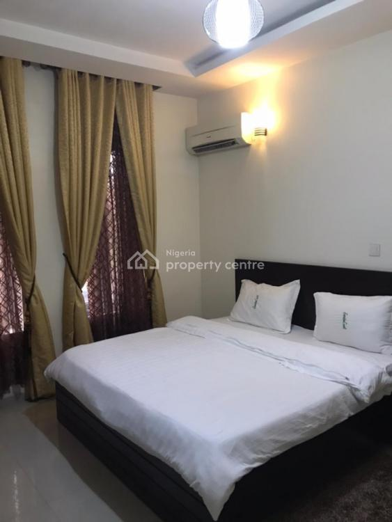 Fully Furnished and Fully Fitted One (1) Bedroom Apartment, Ikoyi, Lagos, Flat / Apartment Short Let