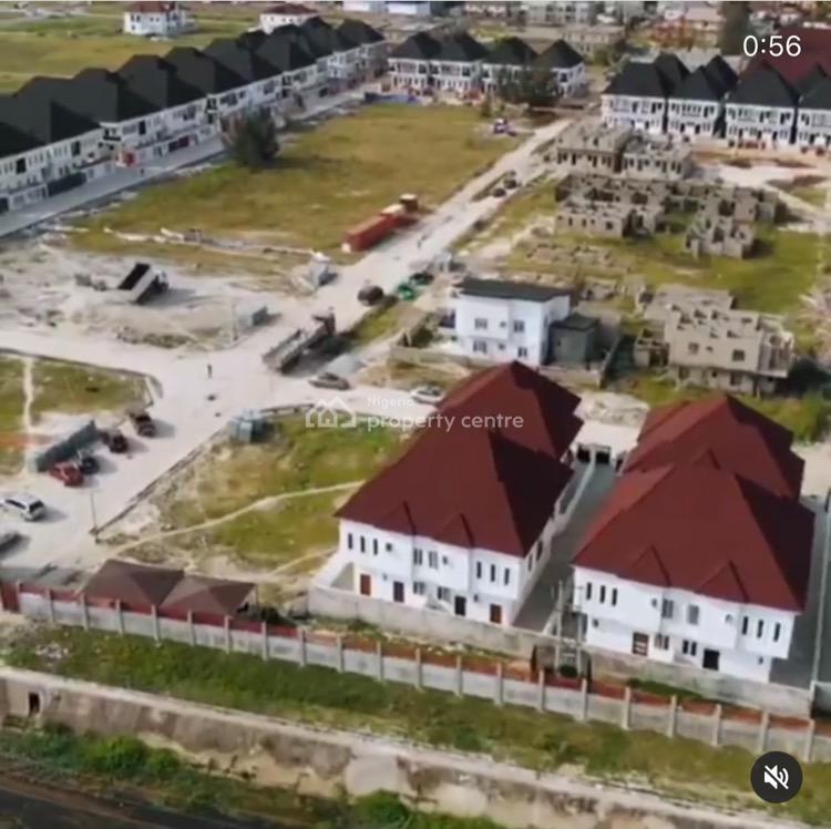 Standard 3 Bedrooms Terraced Duplex, Vgc, Lekki, Lagos, Terraced Duplex for Sale