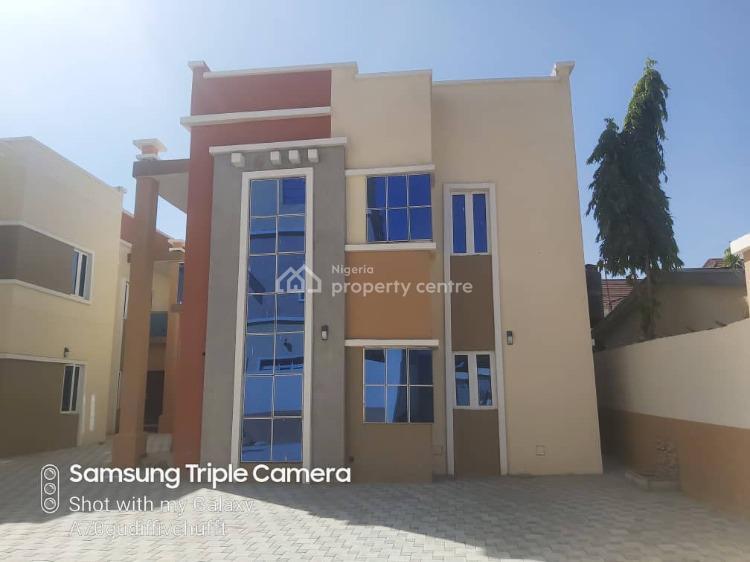 3 Bedroom Duplex, Along  Magajin Runfa Road, Nassarawa Gra, Nassarawa, Kano, Detached Duplex for Rent