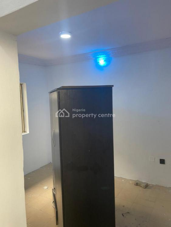 Tastefully Renovated  Room Self Contained, Agungi, Lekki, Lagos, House for Rent