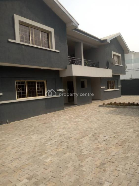 Deluxe 3 Bedroom Apartment with Bq, Lekki Phase 1, Lekki, Lagos, Flat for Rent