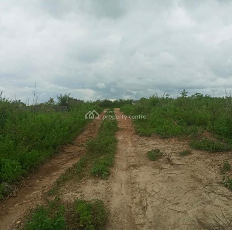 Strategically Located  Plots of Land  on a Major Road, Chevron Drive, Lekki, Lagos, Mixed-use Land for Sale