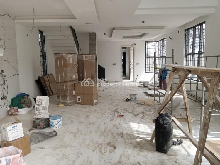 5 Bedroom Triplex with 2 Room Bq., Lekki Phase 1, Lekki, Lagos, Detached Duplex for Sale