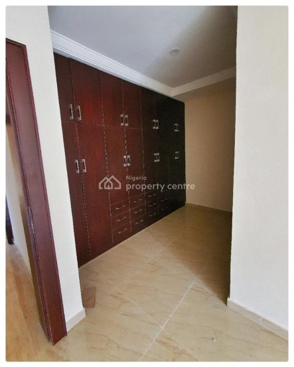 4 Bedrooms Terraced Duplex, Off Eletu Way, Osapa, Lekki, Lagos, Terraced Duplex for Sale