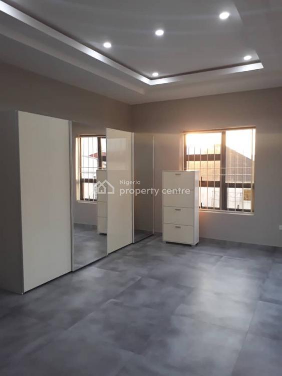 4 Bedrooms Luxury Terrace + 1 Room Bq, Off Admiralty, Lekki Phase 1, Lekki, Lagos, Terraced Duplex for Sale