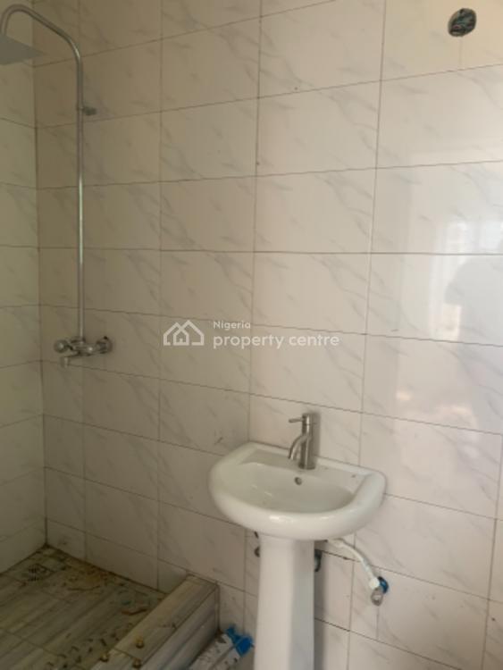 Below Market Value Contemporary 2 Bedrooms, Osapa, Lekki, Lagos, Flat for Sale