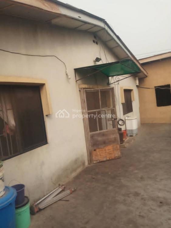 Spacious 3 Bedroom Flat, Jubilee Estate, Omole Phase 2, Ikeja, Lagos, Detached Bungalow for Sale