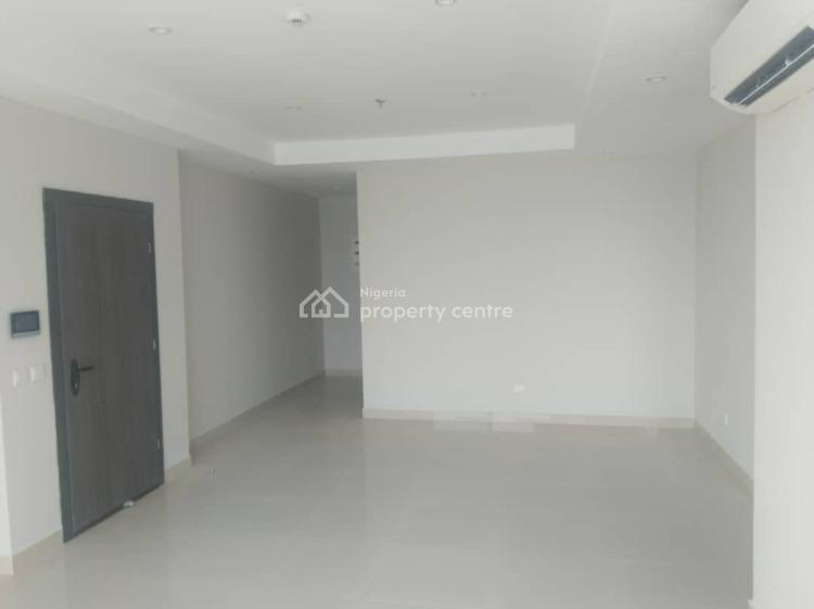 Fully Fitted Water Front Luxurious 2 Bedroom Flat with Bq, Lekki Phase 1, Lekki, Lagos, Flat for Rent