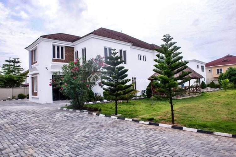 Studio Apartment with Pool, Off Pinnock Beach Estate Road, Osapa, Lekki, Lagos, Self Contained (single Rooms) Short Let