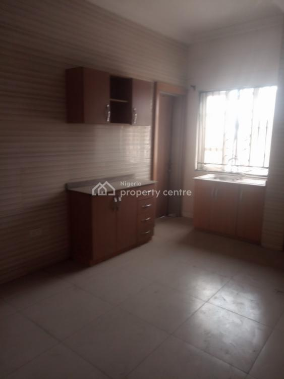Executive 2 Bedroom Flat with All Rooms Ensuite and Visitors Toilet Ups, Off Mabo, Surulere, Lagos, Flat for Rent