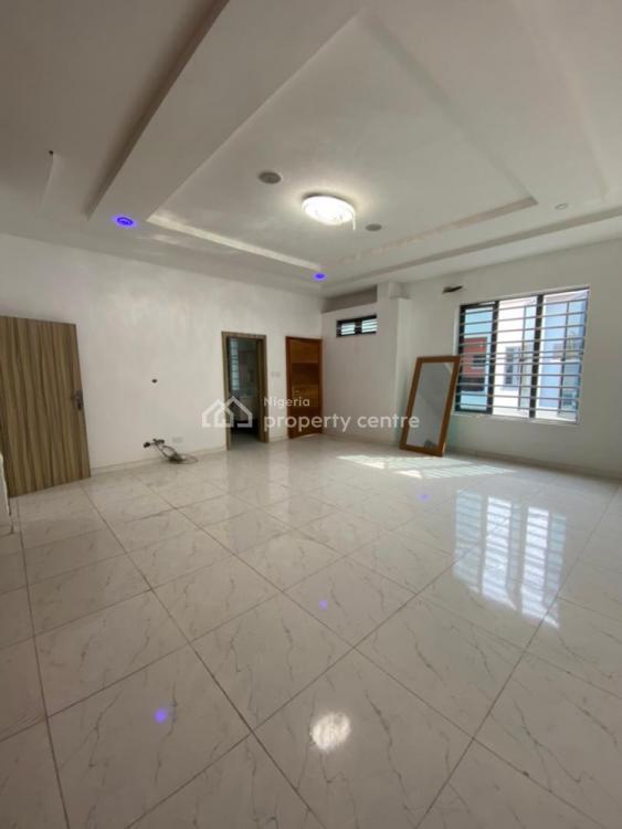4 Bedrooms Semi Detached Duplex, Izu Court, Chevron Drive, Lekki, Lagos, Semi-detached Duplex for Sale