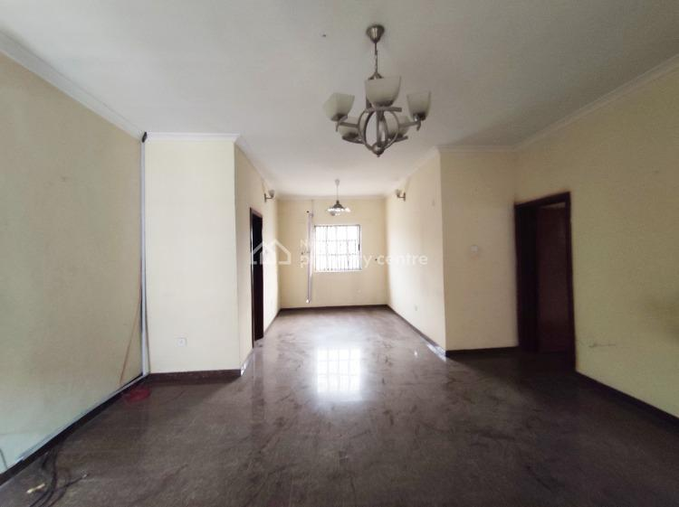 a Well Maintained Serviced 3 Bedroom Apartment Upstairs with Bq, Gated Environment, Lekki Phase 1, Lekki, Lagos, Flat for Rent