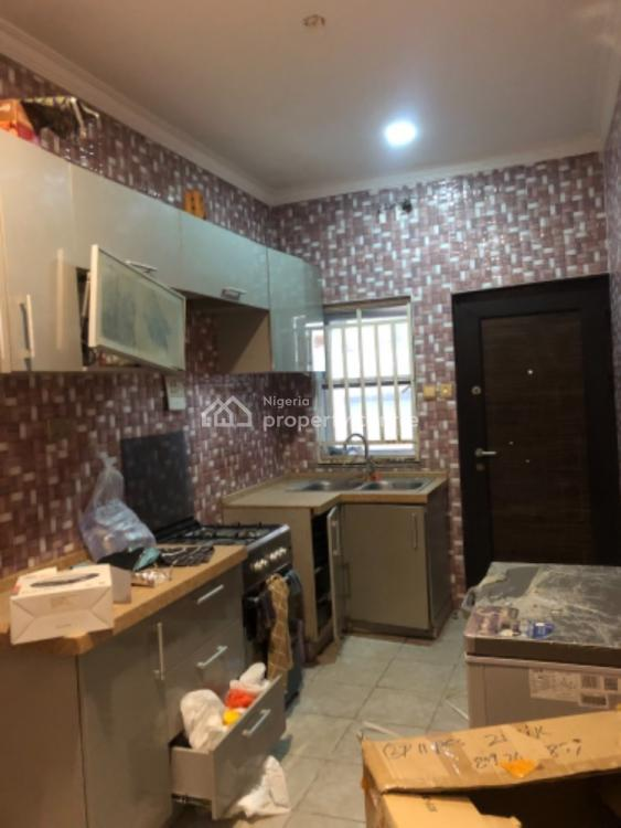Exquisite and Serviced 3 Bedroom Apartment in a Gated Estate, Osapa, Lekki, Lagos, Flat for Rent
