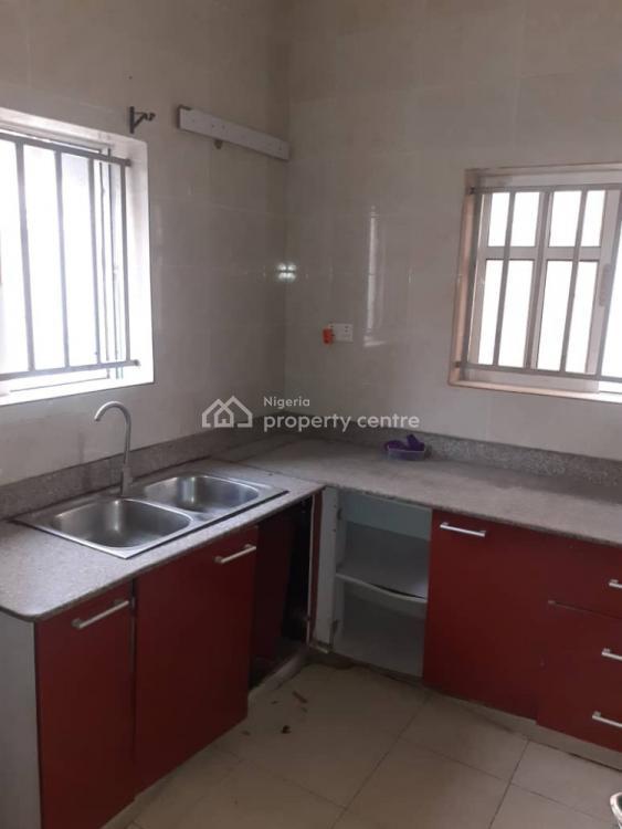 Clean 3 Bedroom Flat, Off Spg Road, Igbo Efon, Lekki, Lagos, Flat for Rent