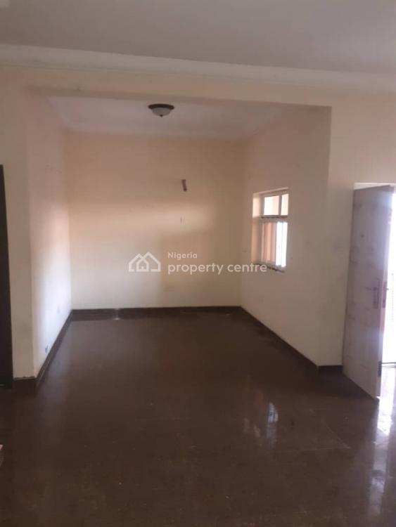Clean 3 Bedroom Flat, Off Agungi  Ajiran Road, Agungi, Lekki, Lagos, Flat for Rent