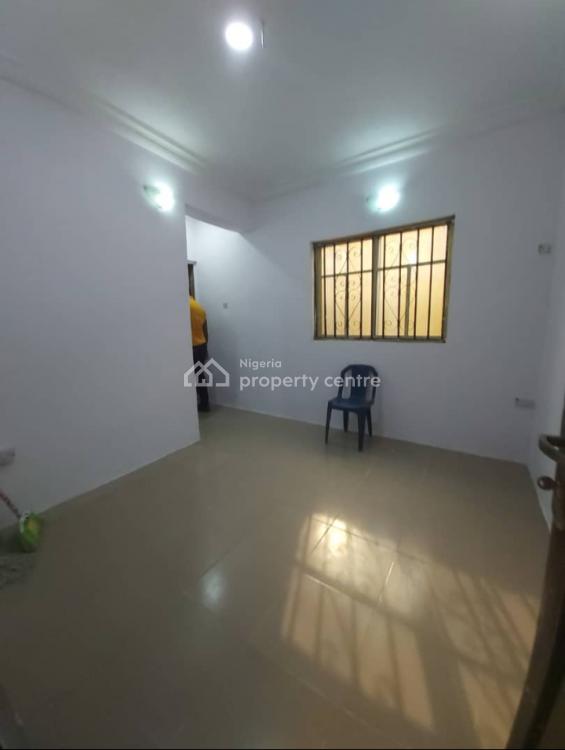 Sharp Mini Flat, Akinyemi Street, Alapere, Ketu, Lagos, Mini Flat for Rent