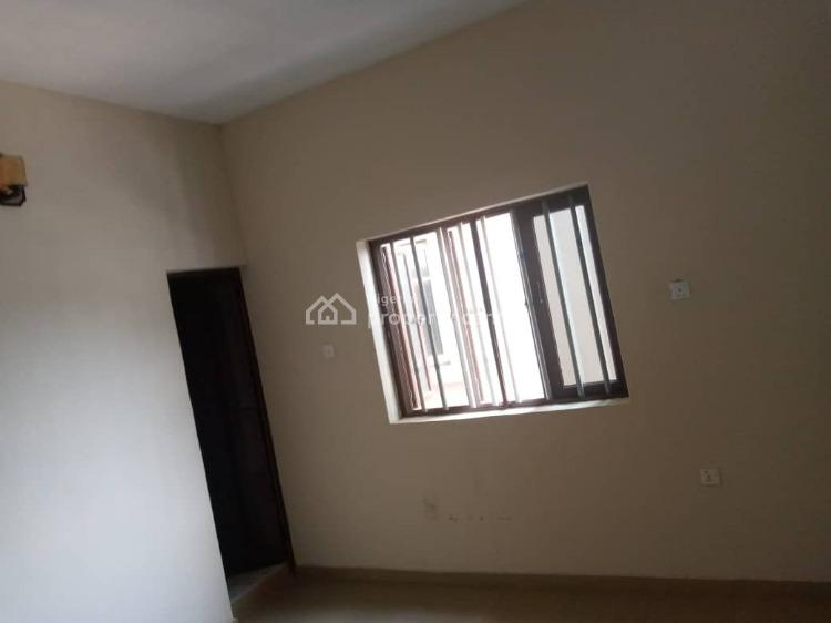 a Spacious 3 Bedroom All Ensuite with Pop, Surulere, Lagos, Flat for Rent