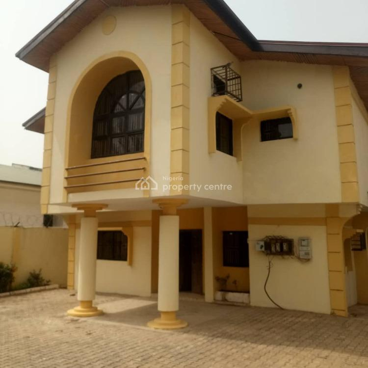 Detached 5 Bedrooms House with Servant Quarters, Maitama District, Abuja, Detached Duplex for Rent
