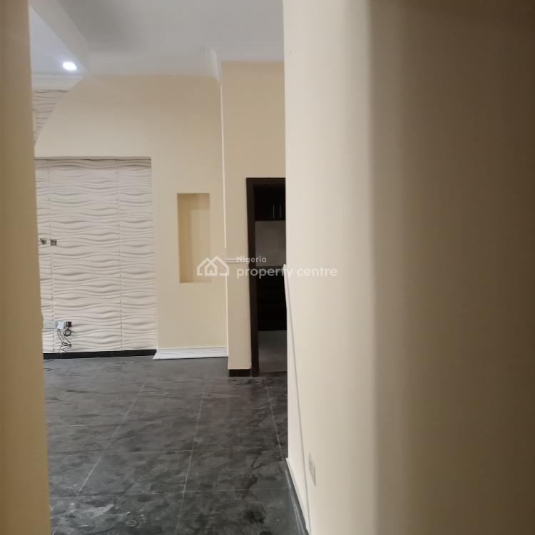 Very Spacious and Clean 3 Bedroom Flat, Chevron Road, Lekki Phase 2, Lekki, Lagos, Flat for Rent