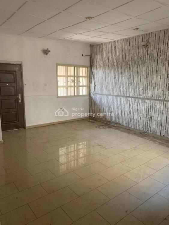 Executive 3 Bedroom Flat, Corona, Anthony, Maryland, Lagos, Flat for Rent