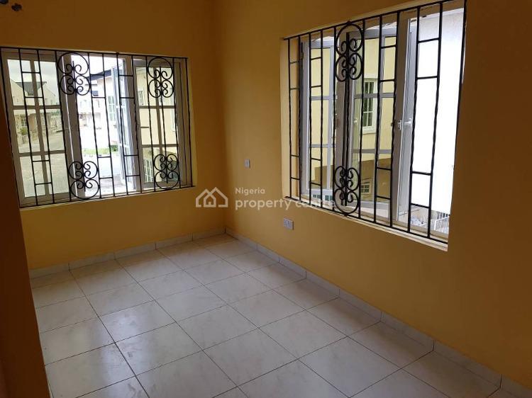 3 Bedrooms End-terraced Duplex, Abraham Adesanya Roundabout, Lekki Expressway, Lekki, Lagos, Terraced Duplex for Sale