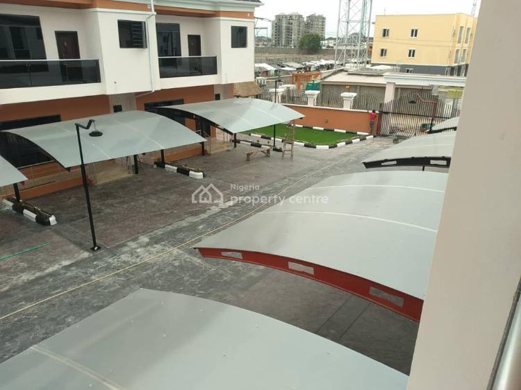 Serviced 4 Bedroom Duplex with Bq & Gym, Chisco, Ikate Elegushi, Lekki, Lagos, Terraced Duplex for Rent