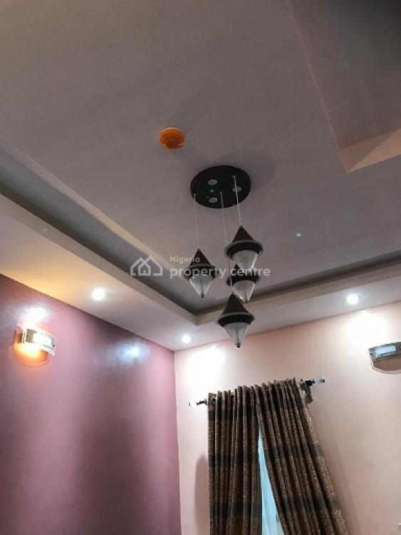 2 Bedrooms Flat, Magodo - Isheri, Magodo, Lagos, Flat Short Let