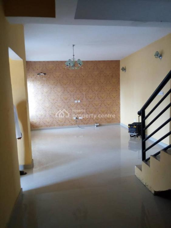 Serviced 3 Bedroom Terrace + Bq, South Point Estate Off Orchid Road Close to 2nd Toll Gate, Lekki Expressway, Lekki, Lagos, Terraced Duplex for Rent