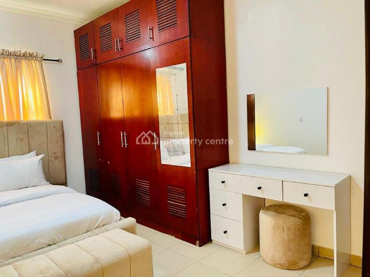 Lush 2 Bedrooms Flat with Excellent Facilities, Agungi, Lekki, Lagos, Flat Short Let